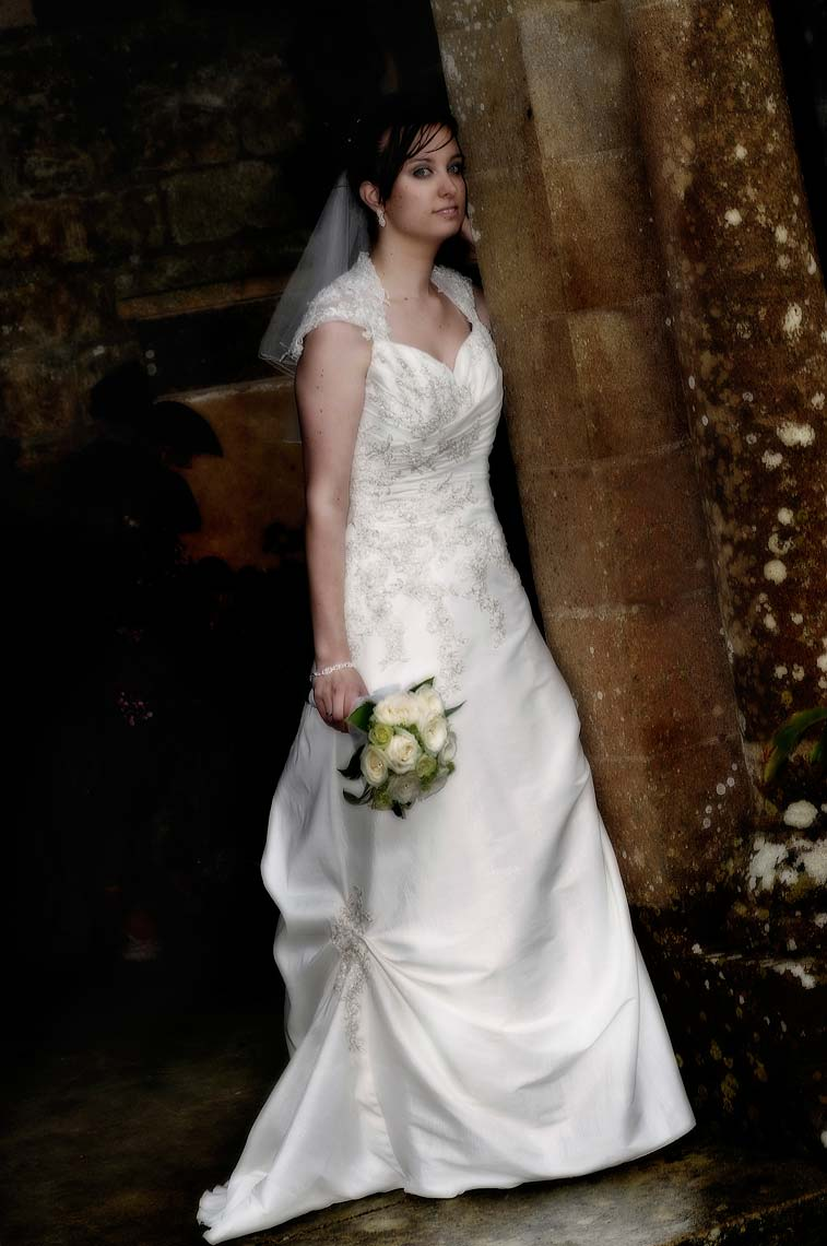 0048-Bride-Portrait-Mapperton-Gardens-Beaminster-Dorset-Wedding.jpg
