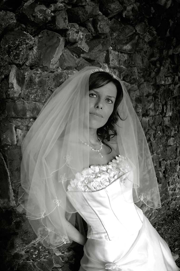 0241-Bride-Wedding-Portrait-at-The-Russell-Cotes-Bournemouth-Dorset.jpg