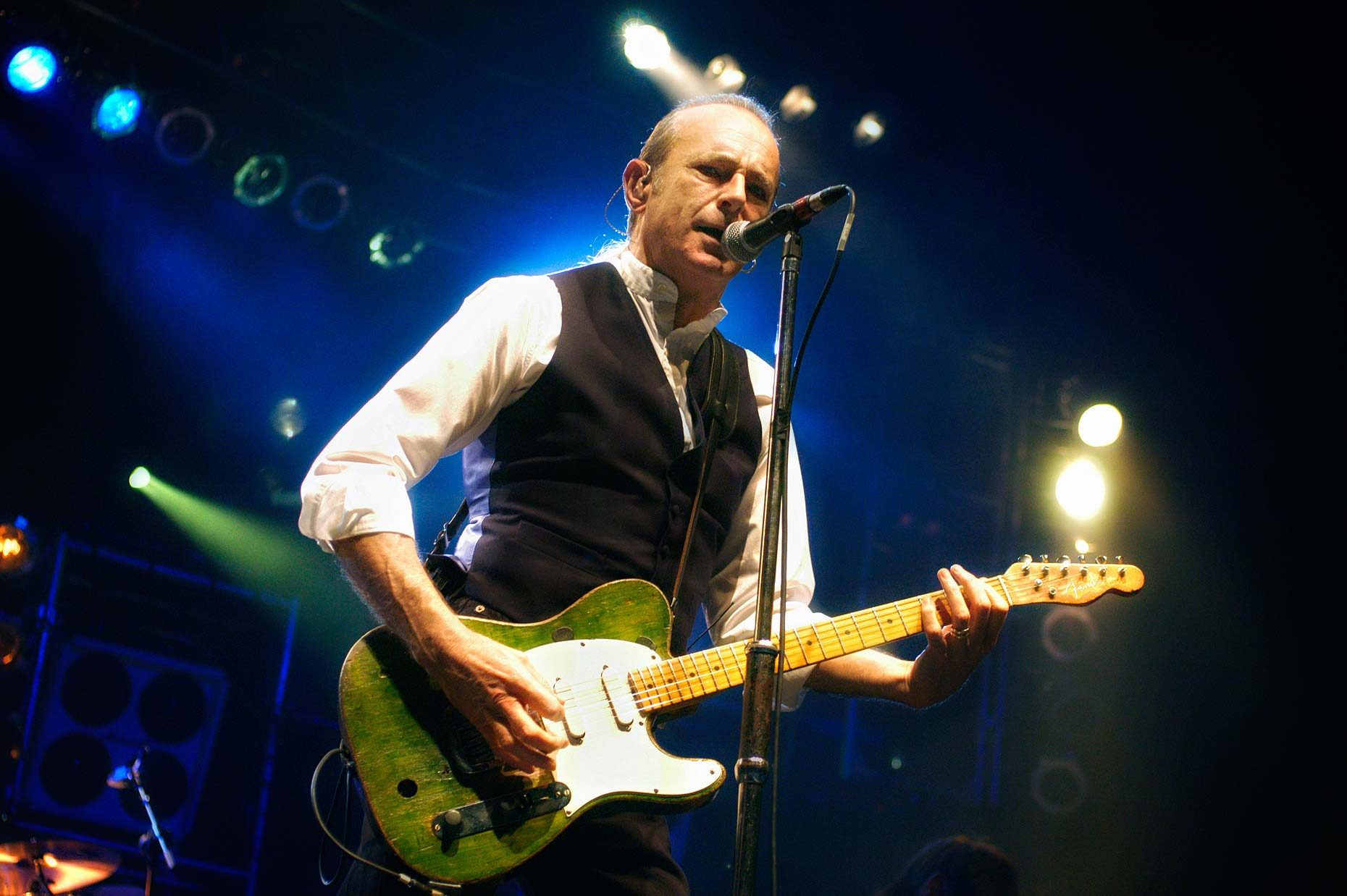1028 Status-Quo-Francis-Rossi-OBE-at-BIC-Concerts-and-The-Arts.jpg